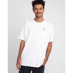 Levi's® Relaxed Fit Pocket Tee Back Flip Snoopy Neutral XS